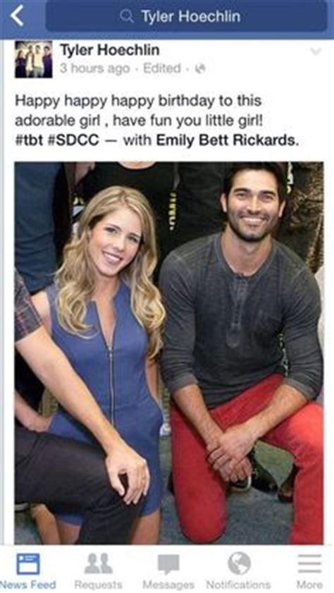 emily bett rickards boyfriend emily bett rickards in quot quot 2015 arrow flash