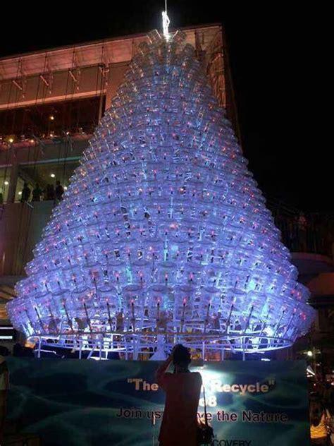 arboles hermosos de navidad de 50 fotos 193 rboles de navidad reciclados 193 rbol de navidad reciclado