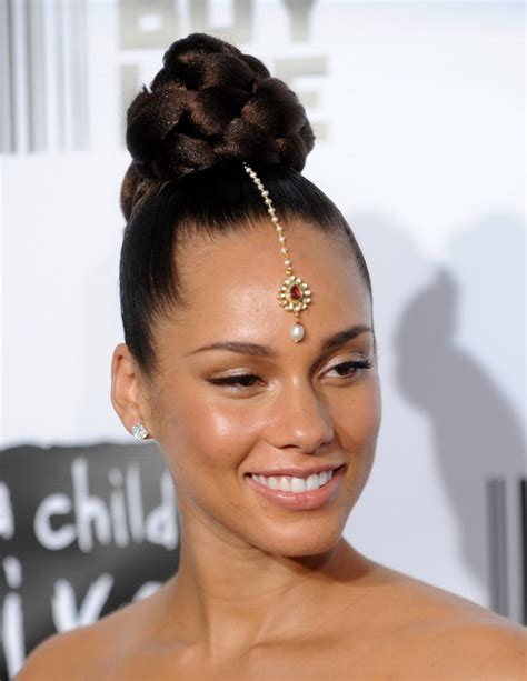 wedding hair buns for black women glamorous wedding hairstyles for black women
