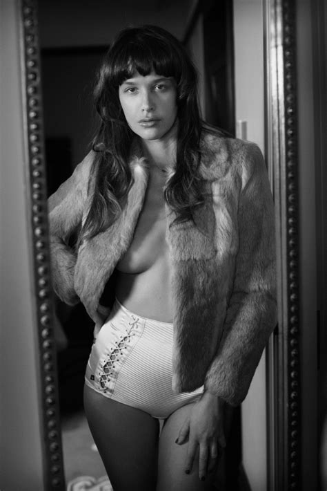 Smile: Paz de la Huerta for S Moda December 2011 by Eric