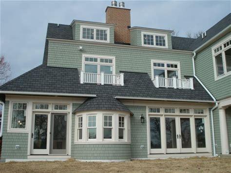 shingle sided houses cedar shingle siding in green mist exterior finish pinterest shingle siding home and