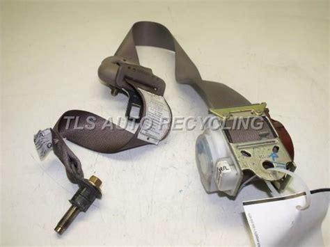 212 1315 U Backl Toyota Camry 00 02 Berkualitas 2004 toyota tundra seat belt rear 2004 73360 0c030brown rear outer cab seatbelt used