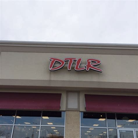 Downtown Locker Room Shoes by Dtlr Downtown Locker Room Shoe Store In Brentwood