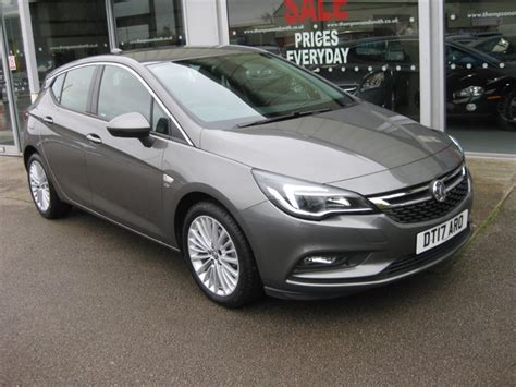 Used Cosmic Grey Metallic Vauxhall Astra For Sale