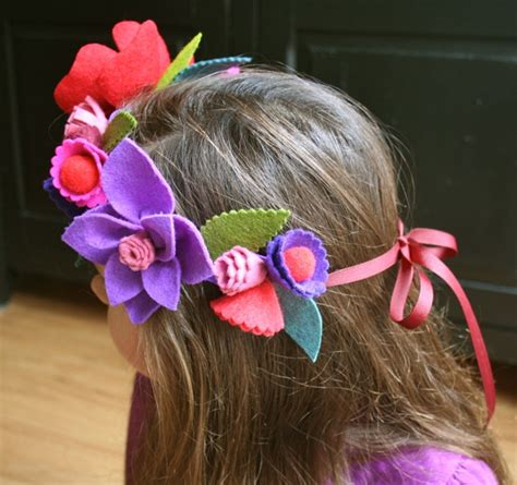 Handmade Flower Crowns - mmmcrafts handmade gifts 2011 flower crown for