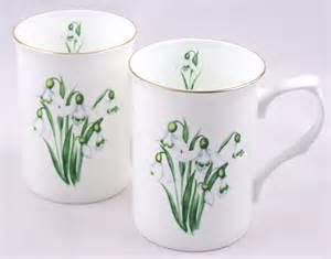 fine english bone china mugs set of two snowdrop