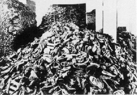 imagenes reales auswitch pile of the victims shoes at the belzec extermination c
