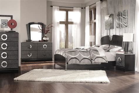 Bedrooms And Bedding Accessories Black And Chrome Bedroom Furniture