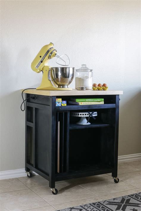 Rolling Kitchen Island Ideas 17 Best Ideas About Rolling Kitchen Island On Pinterest Rolling Island Moveable Kitchen