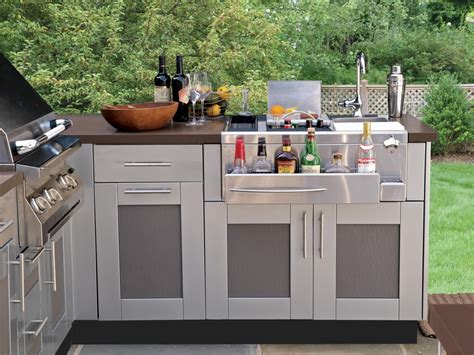 outdoor cabinets kitchen bringing the inside out outdoor kitchen cabinetry 6
