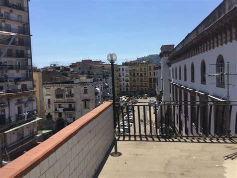 con terrazzo napoli appartamento con terrazzo a napoli
