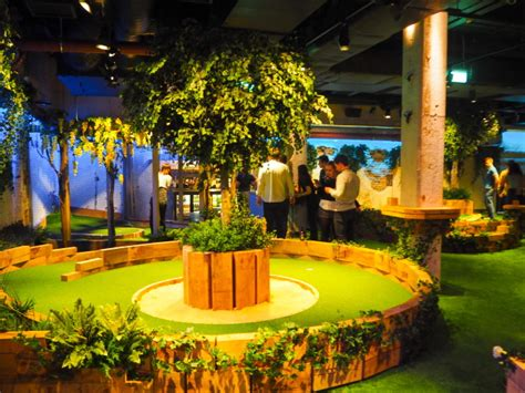 london swing club the crazy golf club called swingers king s road rocks
