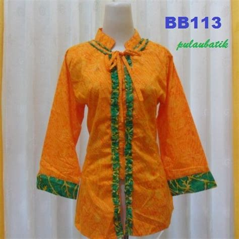 Baju Batik Km 653 38 best images about batik on models batik blazer and cap d agde