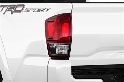 2017 tacoma aftermarket tail lights 2017 toyota tacoma adds off road ready trd pro trim