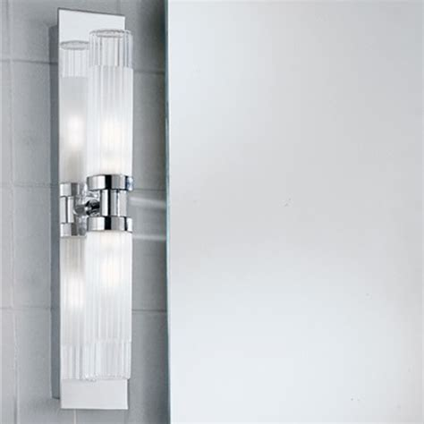 franklite wb976 chrome over mirror bathroom light at love4lighting franklite glass chrome over mirror ip44 fixed arm twin
