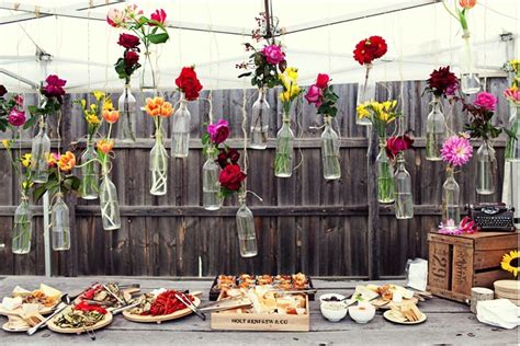 backyard wedding centerpiece ideas surprise backyard picnic wedding diy centerpieces the