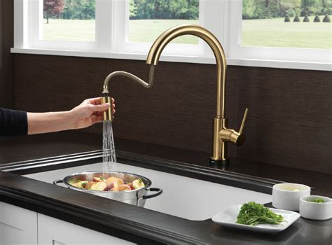 delta trinsic single handle pull down sprayer kitchen delta 9159t cz dst trinsic single handle pull down kitchen