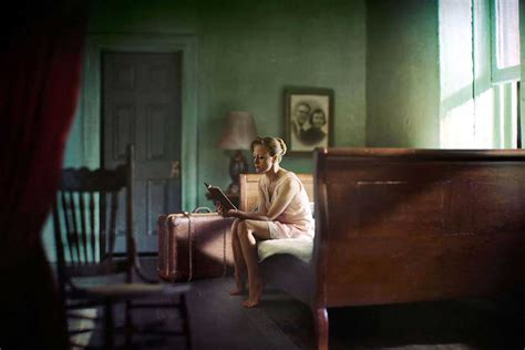 libro art hopper richard tuschman edward hopper recreations are inspired by the painter s sense of quiet drama
