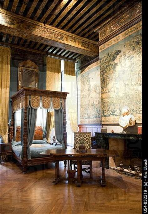 castle home decor 1000 ideas about castle bedroom on pinterest victorian