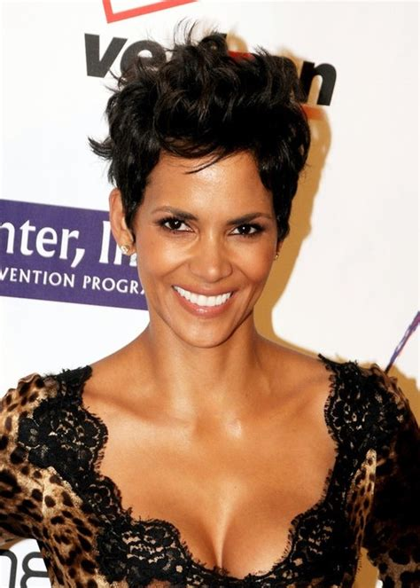 razor cut styles for african americans halle berry latest layered razor haircut hairstyles weekly