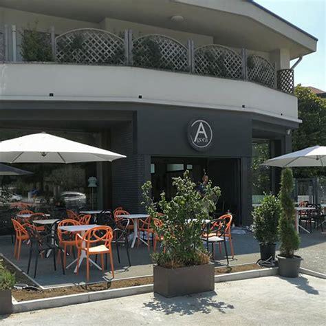 tavolo per bar fornitura di tavolini e sedie per bar pasticceria agor 224