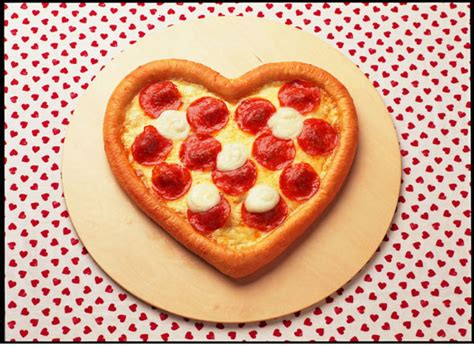 valentines pizza crunchyroll a s day with pizza