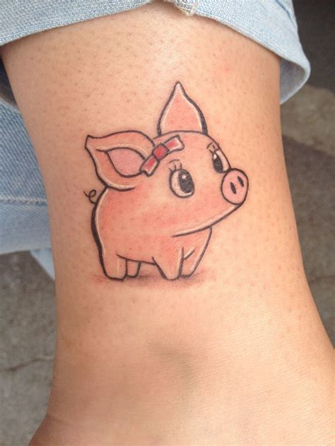 piglet tattoo 25 best ideas about pig tattoos on vegan
