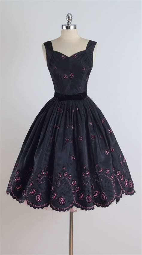 Dress Vintage 25 best ideas about vintage clothing on