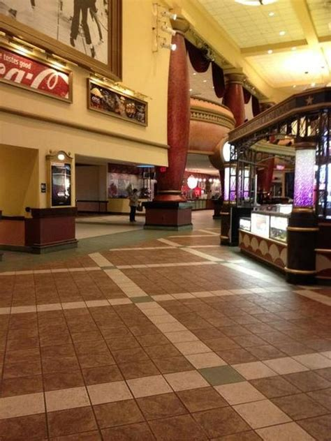 Amc Theaters Gardens Showtimes by Amc Loews Jersey Gardens 20 In Elizabeth Nj Cinema