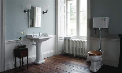 toilet met bidet klassiek sanitair toilet bidet medium