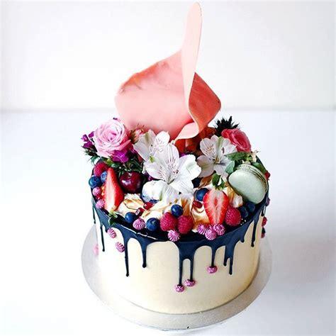 birthday cake and flowers best 25 birthday cake with