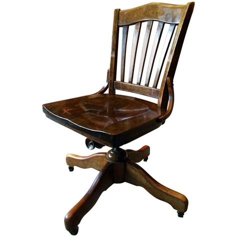Antique Vintage Oak Office Swivel Chair Desk Chair At 1stdibs Oak Swivel Chair