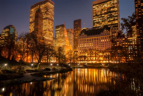 york wallpaper gold file bright new york city jpg wikimedia commons