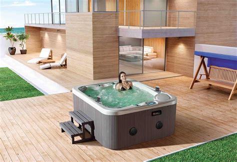 installazione vasca idromassaggio modelli e prezzi vasche idromassaggio da esterno piscina