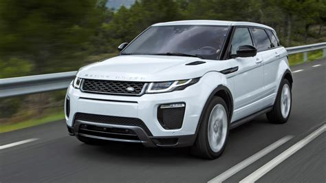 new land rover evoque first drive new 2016 range rover evoque ingenium top gear