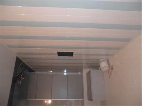 plafond pvc cuisine plafond de pvc pour la d 233 coration de cuisine plafond de