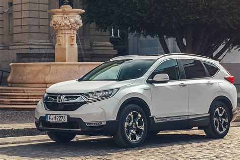 2019 Honda Cr V by New Honda Cr V 2019 Prices Specs And Release Date Carbuyer