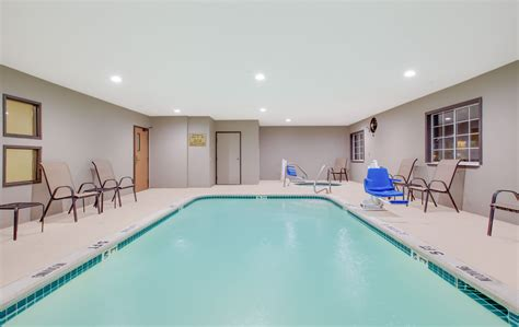 Rooms To Go Mesquite Tx by Pool At The Days Inn Mesquite Rodeo Tx In Mesquite