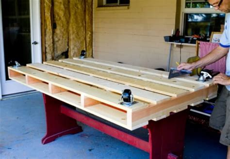 how to build a pallet bed diy tutorials 5 easy steps to make a pallet bed 99 pallets