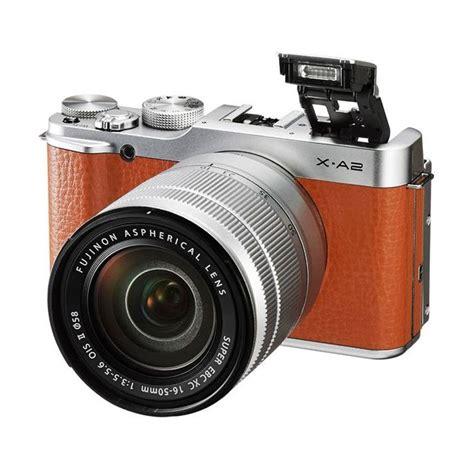 Lensa Fujifim 50 230 Mirroless jual fujifilm x a2 kit 16 50mm f 3 5 5 6 ois ii cokelat kamera mirrorless harga