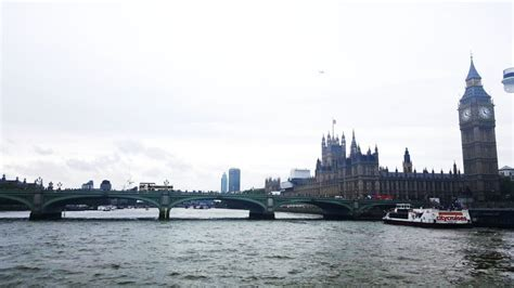 thames cruise experience for two ripleys experience days thames cruise with entrance to the royal observatory in