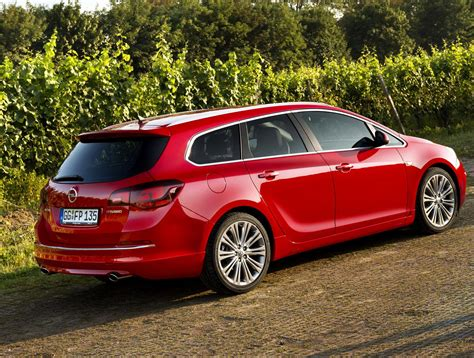 Opel Astra Review by Opel Astra J Sports Tourer Review Http Autotras
