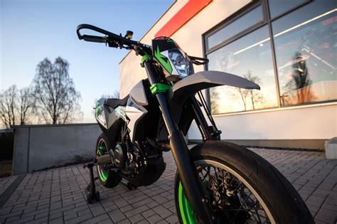 umgebautes motorrad ktm  smc  von ktm motoroox psde