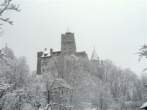 bran castle castles photo 510805 fanpop castles images bran castle hd wallpaper and background