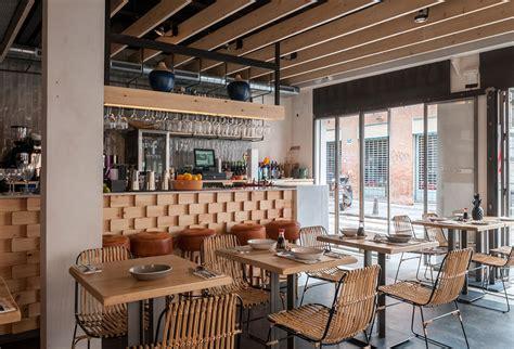 decoracion restaurantes vintage chifa nuevo restaurante en sevilla con mobiliario de