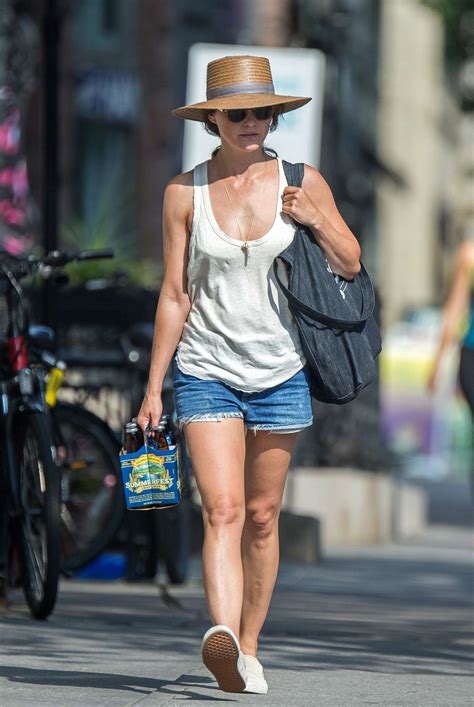 keri russell on instagram keri russell in jeans shorts out in brooklyn