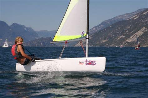 sailing boat supplies topaz taz sailing dinghy boat supplies plus