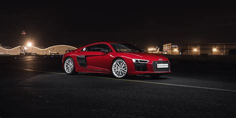 Audi R8 Dimensions by Audi R8 Sizes And Dimensions Guide Carwow