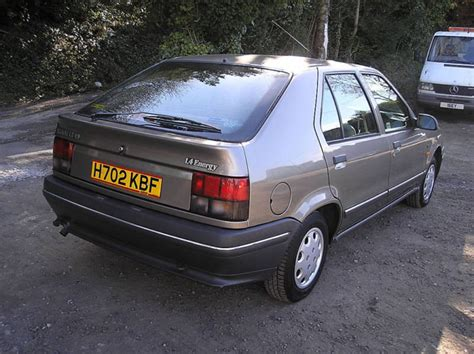 renault cars 1990 featured cars renault 19 1990 1 4l renault 19 tse