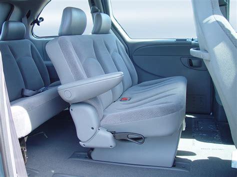 dodge caravan bench seat 2005 dodge caravan intellichoice review automobile